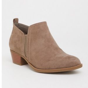 Torrid Taupe Faux Suede Low Dip Bootie   9W